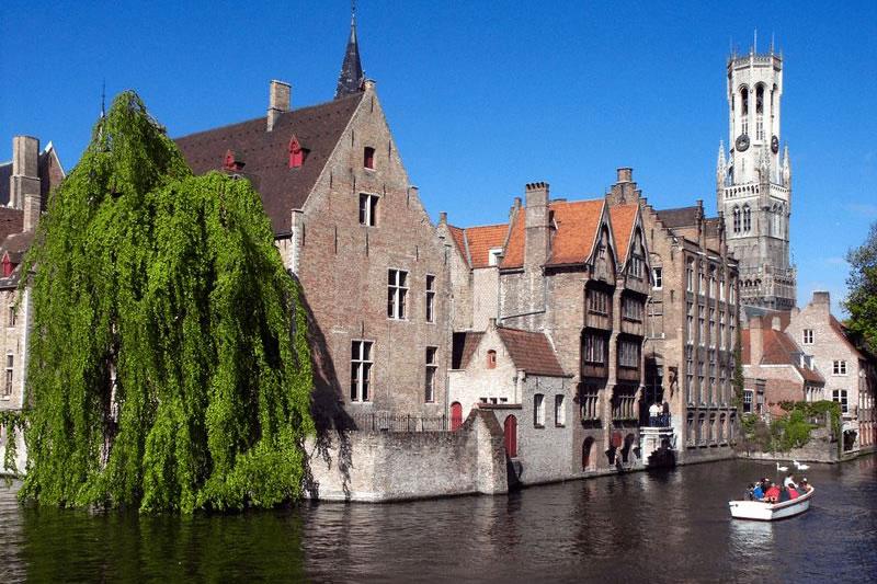 bruges-canal