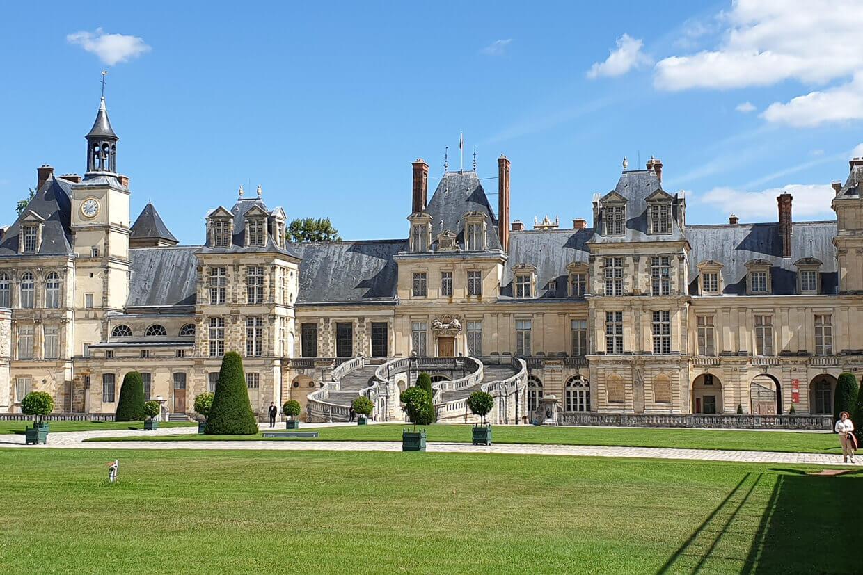 Barge Fleur Moret Auxerre Fontainebleau
