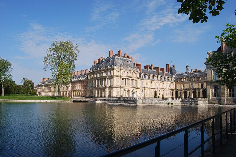 Barge Fleur Parijs Montargis Chateau Fontainebleau